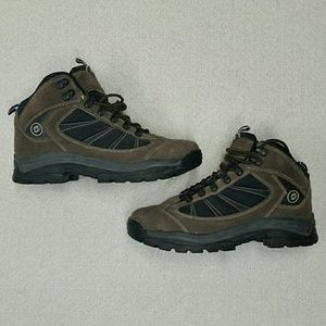 Nevados men's hiking boots
